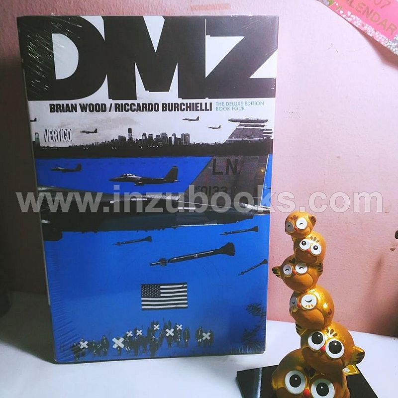 Brian Wood: DMZ Deluxe Edition #4