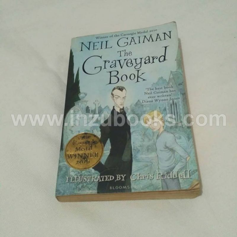 Neil Gaiman: The Graveyard Book